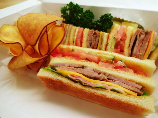 sandwicheshouse55_002
